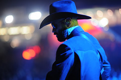 Kinky (Toni Francois) Tags: show music hat rock glasses dance concert cowboy live kinky