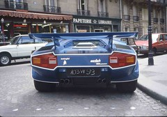 Lamborghini Countach (benduj78) Tags: blue paris cars azul italian bleu exotic autos blau marcello lamborghini spotting voitures gandini bertone cocher