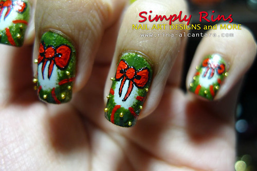 Christmas Nail Art Wreath 06
