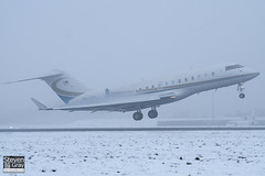 9M-TAN - 9350 - Private - Bombardier BD-700-1A11 Global 5000 - Luton - 101222 - Steven Gray - IMG_7294