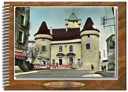 AUBENAS (Ardèche) - Le Château