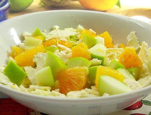 Insalata di cavolfiore, arancia e mela verde