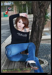 nEO_IMG_IMG_5484 (c0466art) Tags: blue light portrait motion cold sexy water girl beautiful face weather museum female canon pose garden book eyes asia long pretty afternoon jean legs personal outdoor good expression quality sunday taiwan lips kind figure 5d taipei tall lovely activity suki famouse typle c0466art