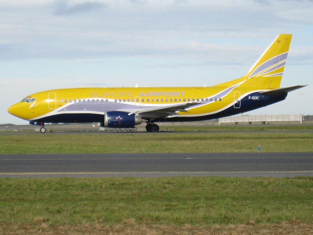 F-GIXI Boeing 737-348(QC) 23809/1458 CDG/LFPG 10/2010