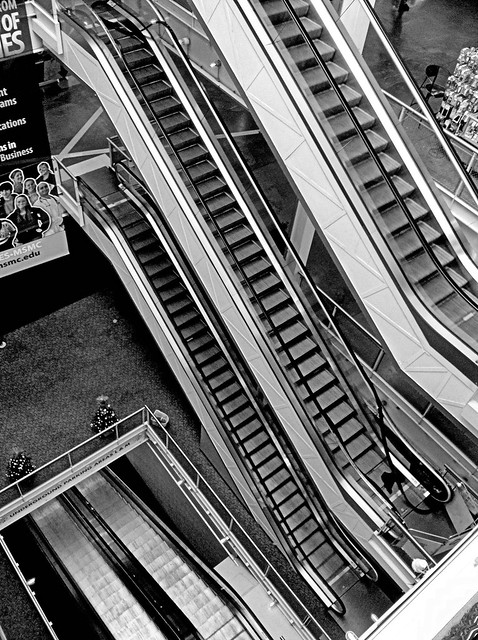 Nyack escalators