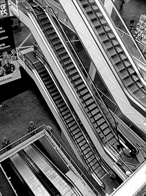 Nyack escalators