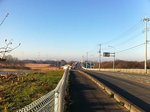 大晦日 秋ヶ瀬橋 交通量が少ない