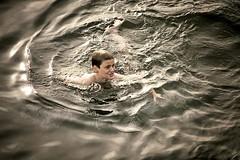 The swimmer (Gloria Zelaya) Tags: boy scotland unitedkingdom escocia nadador swimmer oban niño gloriazelaya