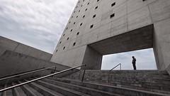 En el Umbral (Antonio_Luis) Tags: luz azul arquitectura puerta centro sombra andalucia alberto cielo granada campo museo nube cultural escaleras memoria baeza cajagranada hormigon umbral colorphotoaward