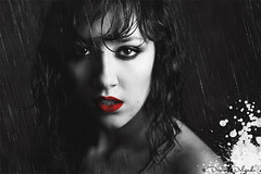 Under the rain (Sin City style) (Desire Delgado) Tags: red portrait white black blanco rain self lluvia rojo comic retrato negro lips labios sincity frankmiller undertherain teleidoscope