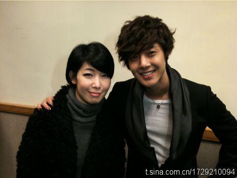 Kim Hyun Joong with with TVB Host, Li Zhi Shan