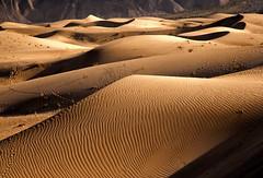 SAKARDU DESERT (PHOTOROTA) Tags: pakistan nature landscape nikon desert abid skardu concordians