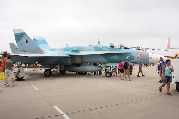 EAA10_FA-18C_120