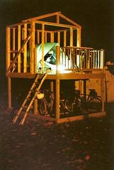 Faux tree fort (badzine) Tags: camera house slr film 35mm print 50mm virginia tim minolta scan va 200 lamb manual maxxum maxxum35