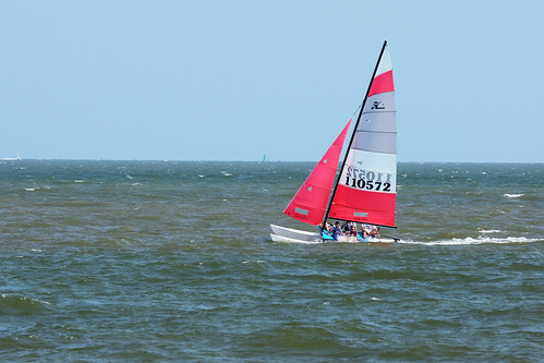 ocean vacation sailboat georgia boats catamaran windsurfing recreation sailboats hobie stsimonsisland kingandprince sportsrecreation goldenisles waterrecreation nikond90 afvrzoom70200mmf28gifed