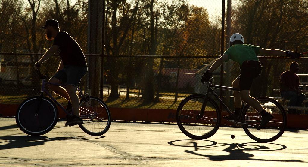 bike polo -----{}