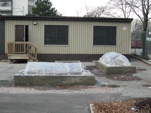 hoop houses on earthblock beds