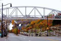 Murray Street, Niagara Falls, Canada (StGrundy) Tags: street bridge autumn trees newyork ontario canada color fall colors leaves season niagarafalls waterfall nikon seasons streetlights seasonal foliage waterfalls bridalveilfalls americanfalls murraystreet d80