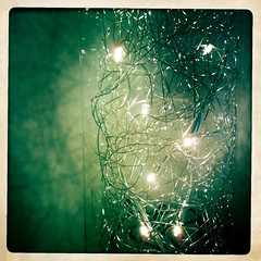 lights iphone (Photo: addicted2alice on Flickr)