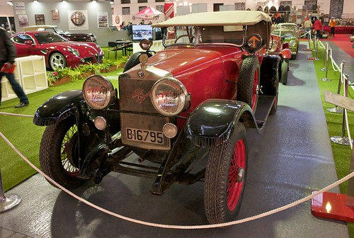 L9770771 - Auto Retro 2010. Alfa Romeo RL SuperSport (1925)