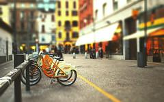 milano (LNePrZ) Tags: urban italy milan yellow milano bikes