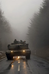 Ready_Crucible_snowy_road_11Feb2005.jpg (U.S. Army Europe Images) Tags: germany tank main battle abrams m1a1 friedburg usarmyeurope usareur bumgardner 1stad roadmarch 137armor readycrucible