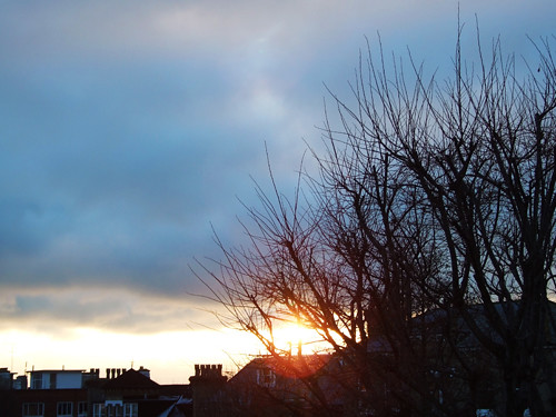 sunset 18th dec 2010 328pm