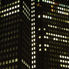 squares (loop_oh) Tags: windows light reflection building tower window night facade germany deutschland lights mirror office reflex high hessen frankfurt fenster spiegel main towers haus bank front highrise mirrored rise reflexion bro banks frankfurtammain deka frankfurtmain fassade roemer reflektion buero metropole hochhaus rmer dresdner mainhattan banken dresdnerbank eintracht sge frankfurtam
