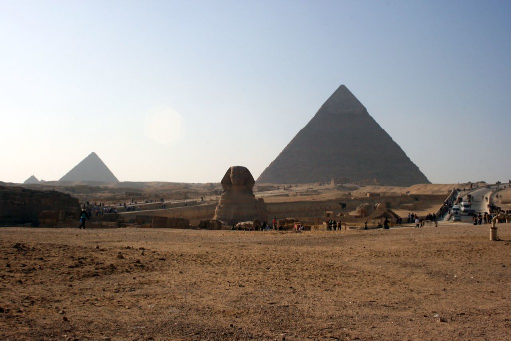 Sphinx and Pyramids  x 3