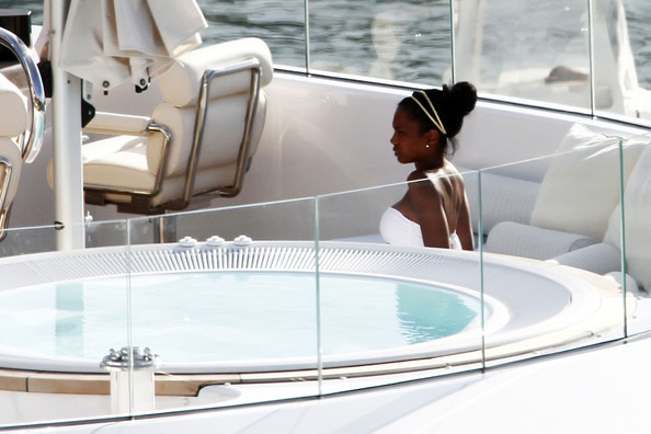 Kim+Porter+Sean+P+Diddy+Combs+Family+Yacht+DnD0ZMUHACYl