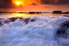 trapped and wet (tropicaLiving - Jessy Eykendorp) Tags: light sunset bali seascape beach nature canon reflections indonesia landscape lava rocks wave reverse filters volcanic 1022mm tanahlot gnd melasti singhray canoneos50d