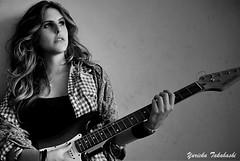 Rock Me (Yuricka Takahashi) Tags: brazil rock branco brasil ensaio minas gerais daniel guitarra pb preto modelo mg e mooney takahashi aline horizonte bh belo stylist xadrez d90 stehling yuricka