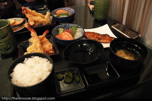 Dezato Desserts and Dining - Grilled Salmon with Tempura and Sashimi Set