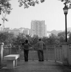 Hong Kong 2010 (BckWht) Tags: rolleiflex hongkong 香港 shatin tmax100 35e 沙田 xenotar