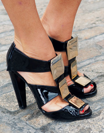 hbz-lfw-Pierre-Hardy-Shoes-de-63325797