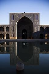 Mosque [load II] (mimmopellicola) Tags: iran mosque  esfahan moschea irn iraan     iro  iranas  rn    aniarin    irna