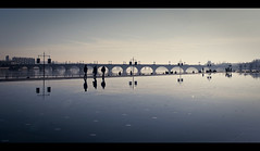 Miroir d'eau / Water mirror (Cyrielle Beaubois) Tags: bridge people france macro reflection water canon reflections mirror dc eau bordeaux sigma reflet pont miroir pontdepierre reflets gironde 1770mm f2845 eos400d sigma1770mmf2845dcmacro cyriellebeaubois