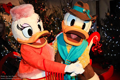 DLP Dec 2010 - Christmas Carolling with the Disney Characters