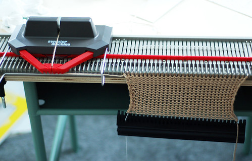 053 - Knitting Machine