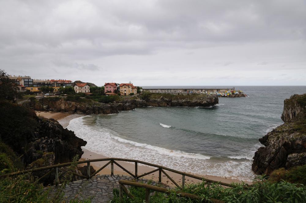 Playa de Puertu Chicu, Llanes, Asturias