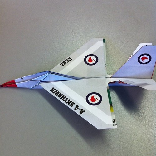 Paper airplane 'A4 Skyhawk' 19.01.11