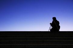 Fotografia con tripode (Popiart) Tags: madrid silhouette stairs contraluz photographer shot barry tres shooting silueta escaleras tripode cantos popiart toper tripo popi1909 3can trejcan