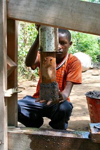 Pressing briquettes