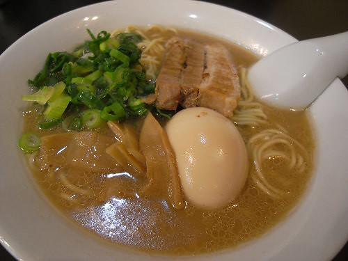 バランスの良い豚骨味噌!『麺しょう らのや』@桜井市