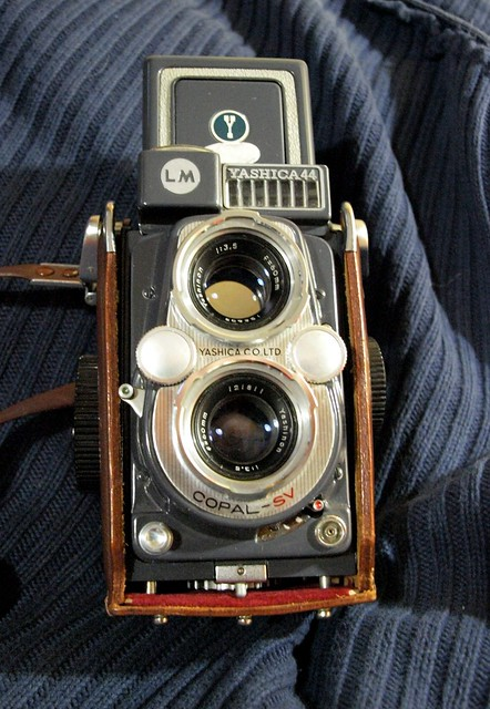 Yashica_44_LM_title02