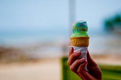 _DSC9892 (JaniSWE) Tags: thailand 50mm holding hand icecream kohpu
