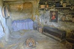 Sperlinga: dentro una casa del Borgo Rupestre (costagar51) Tags: sperlinga enna sicily sicilia italy italia storia arte anticando architectureandcities flickrsicilia contactgroups