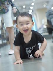 PA044319 (Feeder Wang) Tags: olympus omd em5 mzuiko digital 45mm f18 taiwan taipei     baby model  muji