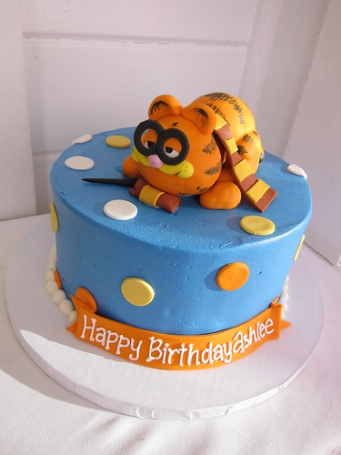 Garfield/Harry Potter Birthday Cake