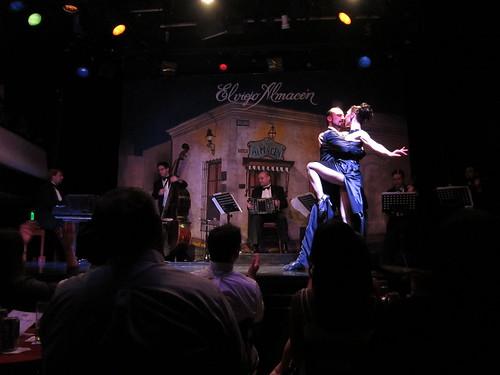 Tango show at El Viejo Almacen